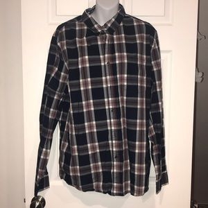 Like new men's cotton button down